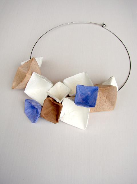 collana di carta in stile geometrico, elementi geometrici modulari