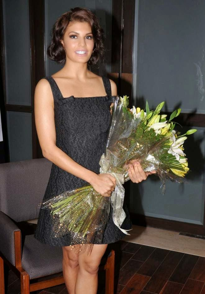 Jacqueline Fernandez in black color skirt