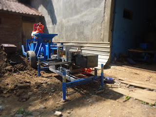 Mesin Cetak Bata Merah Press Otomatis