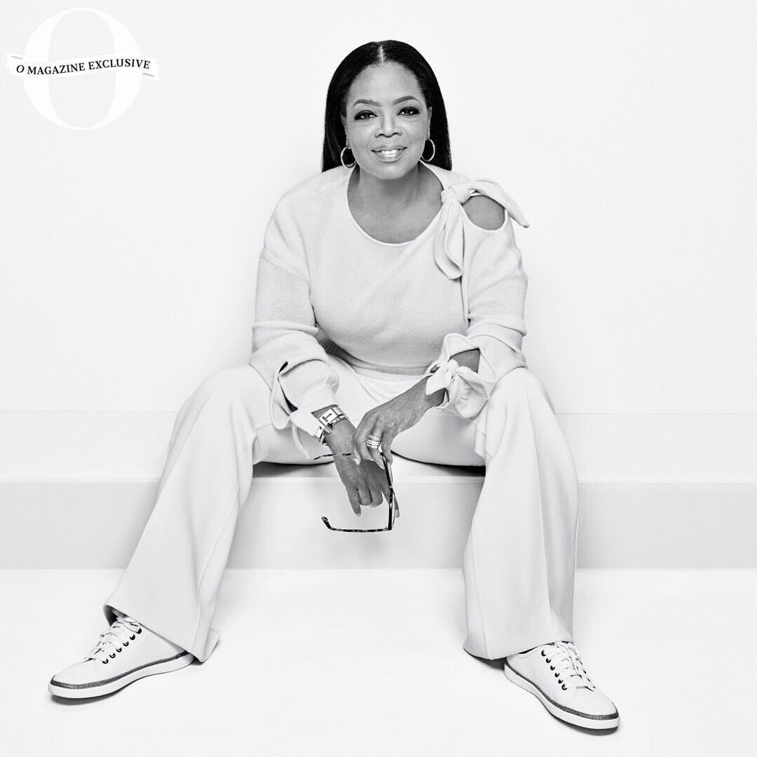 Oprah Magazine cover wearing Vionic, Oprah wears Vionic Hattie Sneaker