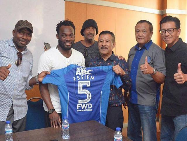 Cerita Persib Bandung Mendapatkan Michael Essien