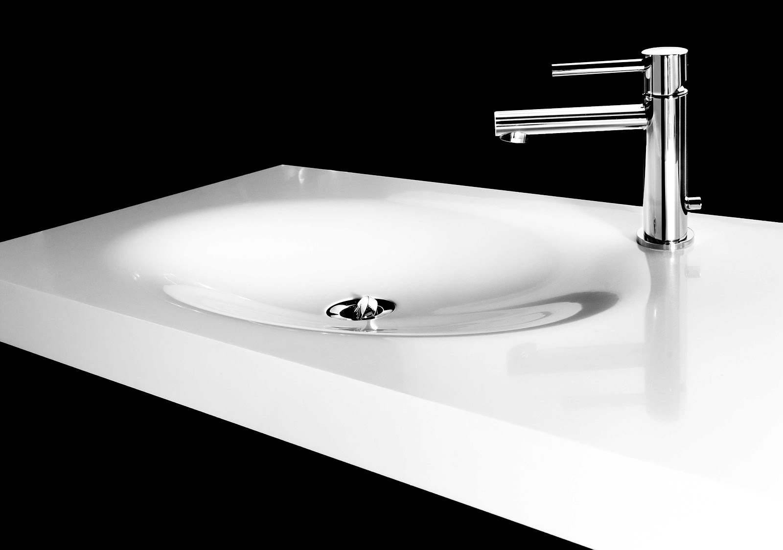 Minosa ScoopED bathroom wash basin by Minosa  Modern Corian Hand Basin