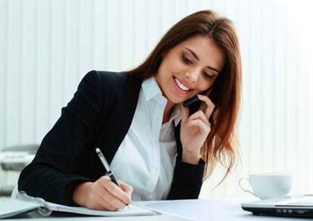 Percakapan Sekretaris Dengan Client