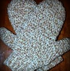 http://www.craftsy.com/pattern/crocheting/accessory/free-daddys-simply-easy-mittens/43539