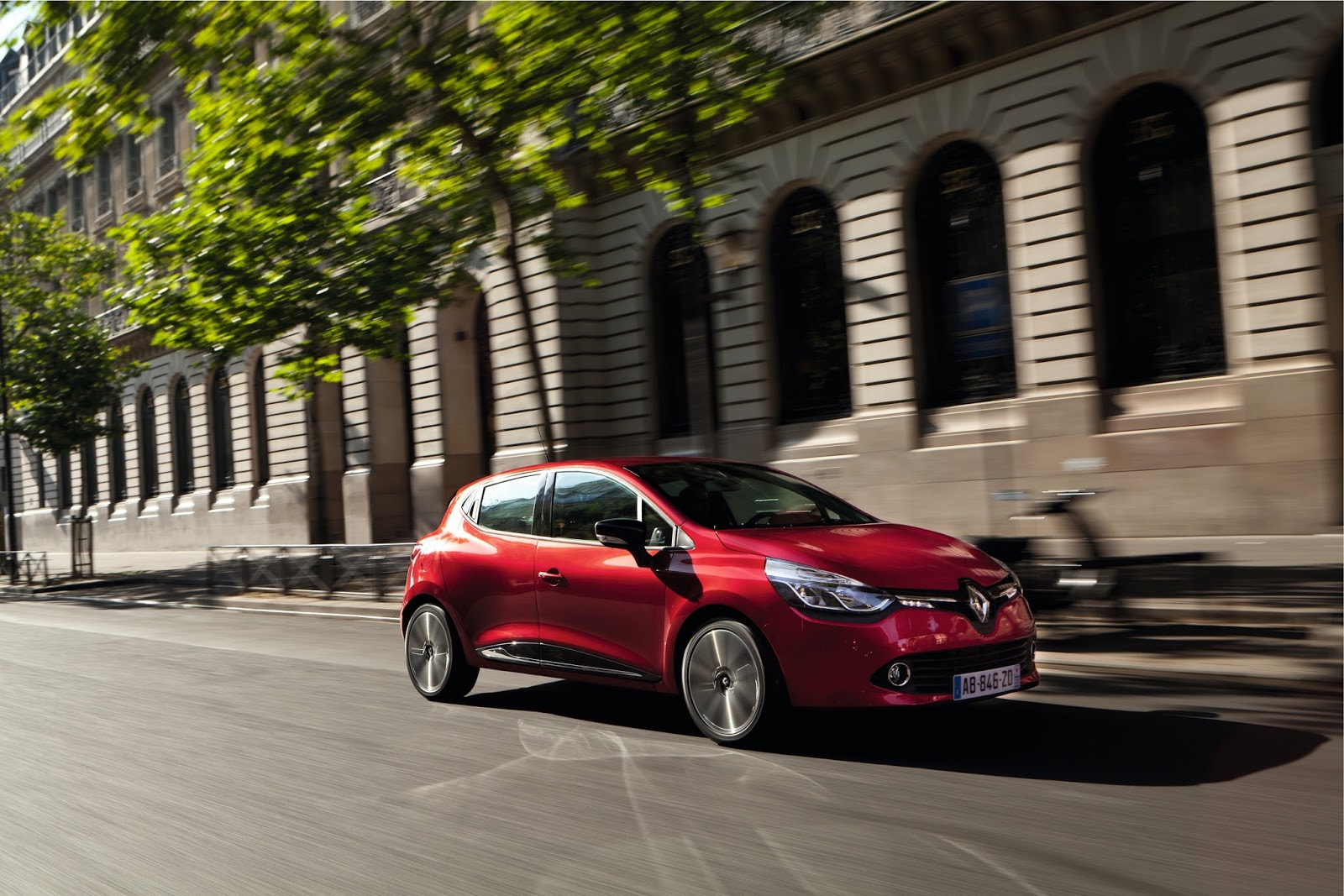 clio Ήρθε το Renault Clio με κινητήρες Euro 6 και χωρίς τέλη κυκλοφορίας