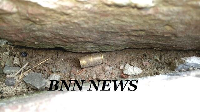 जानलेवा हमला करने के दौरान ग्रामीणों ने चार आरोपियों को पकड़ किया पुलिस के हवाले