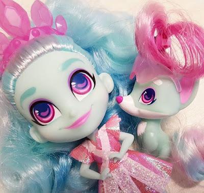 Кукла Нейла с питомцем Кометой