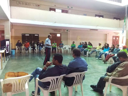 Policía Comunal de Polimerida impartió taller a personal del Liceo Fray Juan Ramos de Lora