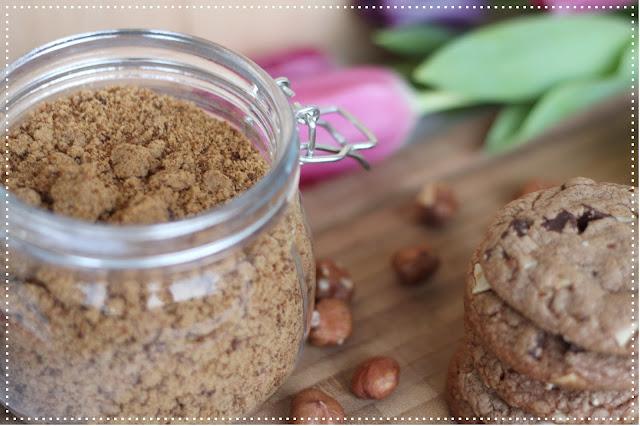 karens backwahn kekse nutella cookies mit zweierlei schokolade. Black Bedroom Furniture Sets. Home Design Ideas