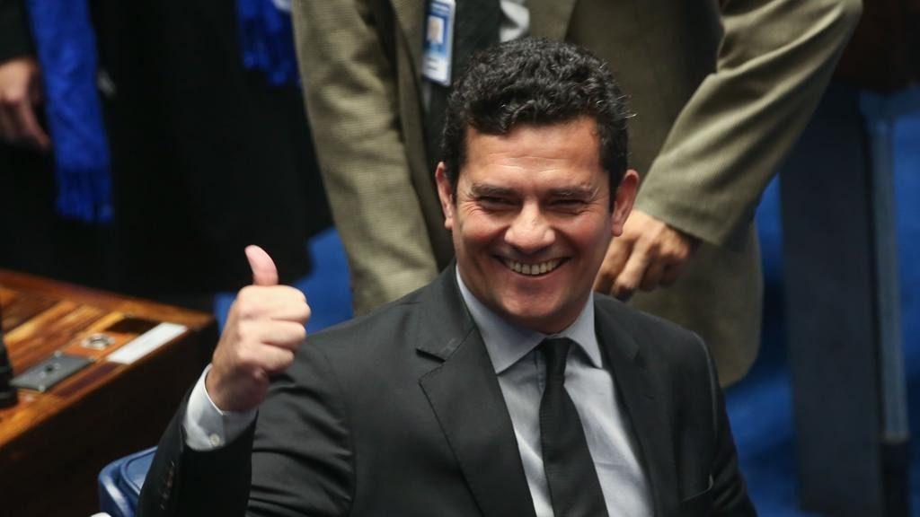 URGENTE: Juiz Sergio Moro aceita superministério da Justiça no governo de Bolsonaro
