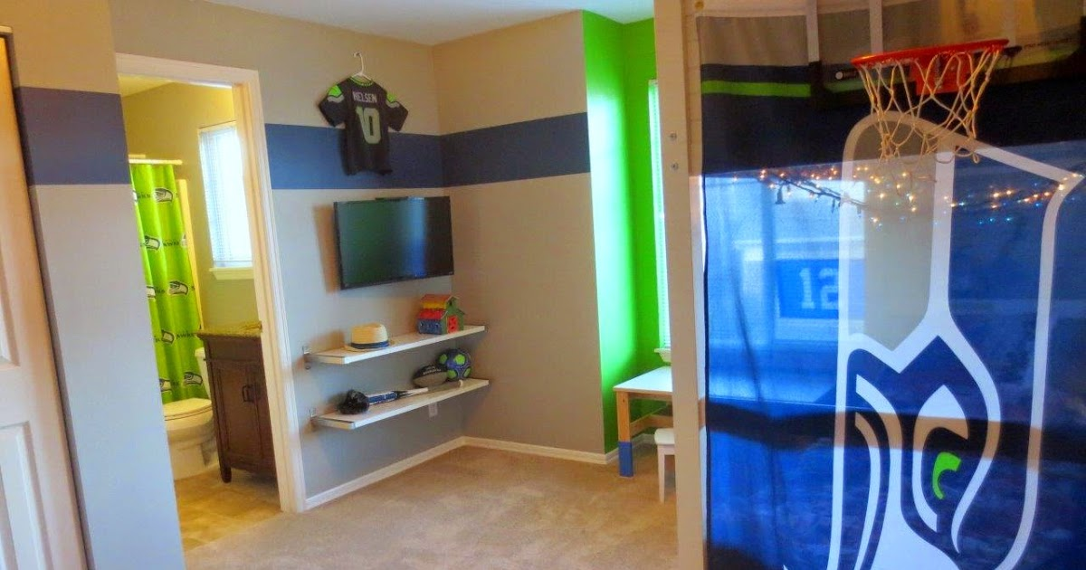 Noweli Seahawks Themed Bedroom