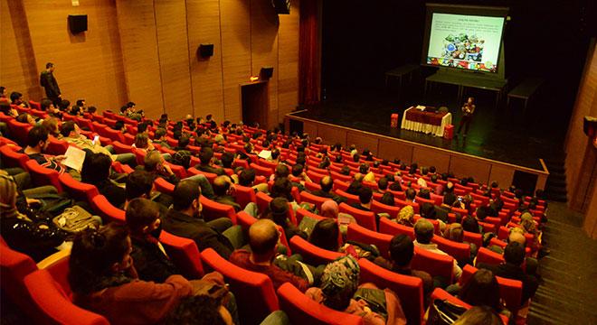 Diyarbakır'da öğretmenler atık pil konusunda bilgilendirildi