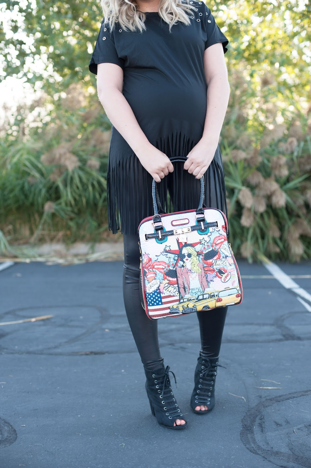 All Black Outfit, Pop Girl Print Satchel Bag, Nicole Lee, Utah Fashion Blogger