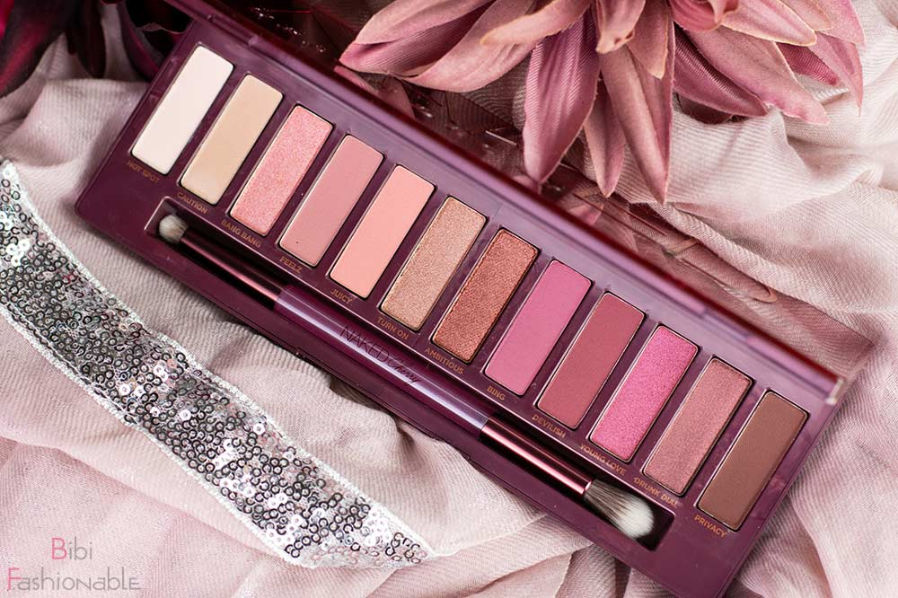 Urban Decay Naked Cherry Palette Flatlay