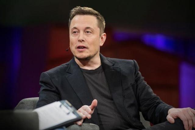Orang-orang Superkaya dan Ambisi Mengubah Dunia - Foto: Elon Musk, CEO SpaceX