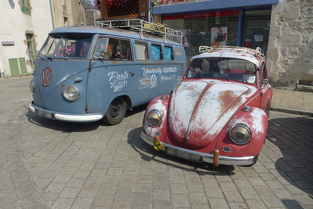 rassemblement voitures vintages Combi VW et coccinelle volkswagen à Clisson