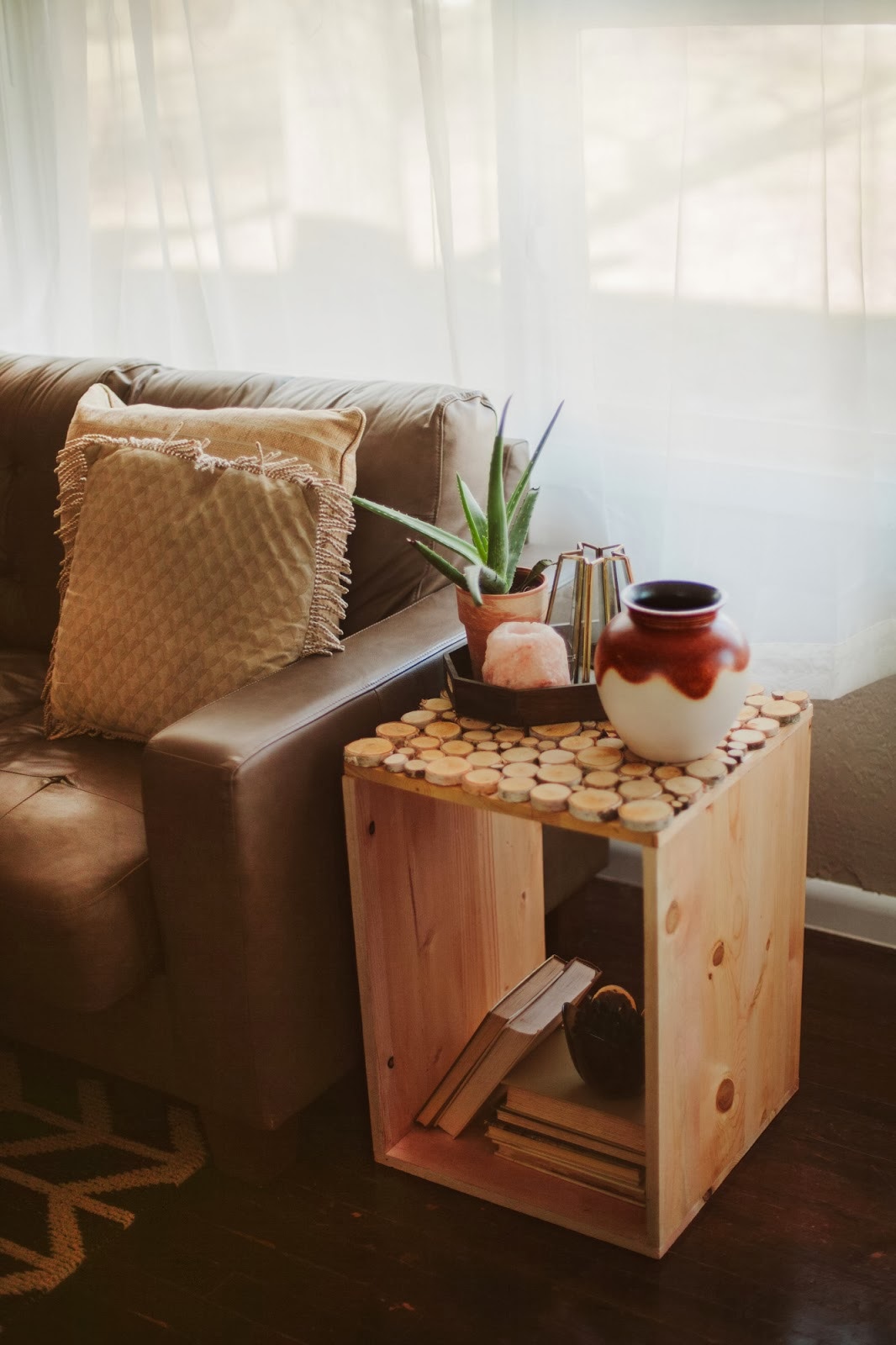 Side Table Idea Sincerely Kinsey Birch Wood Table Diy