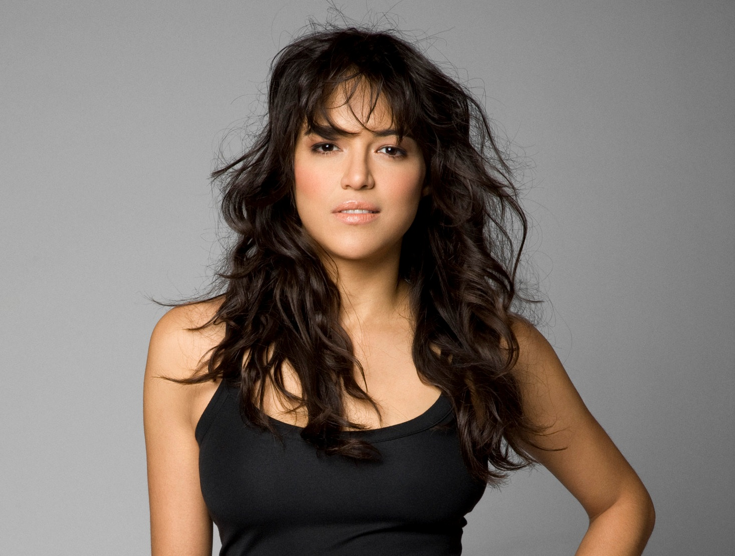 Actresses HD Wallpapers: Michelle Rodriguez hd wallpapers