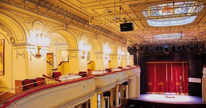 Il Salone Margherita diventa (anche) Casa de Tango