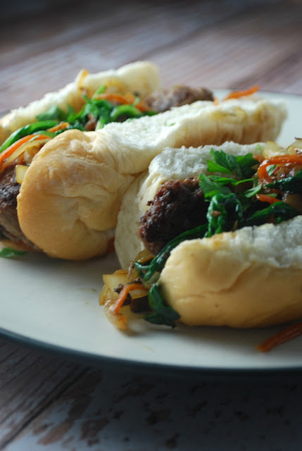 Who doesn't love an easy 30 minute meal the whole family will love? Skillet Sweet Bahn Mi subs to the rescue!