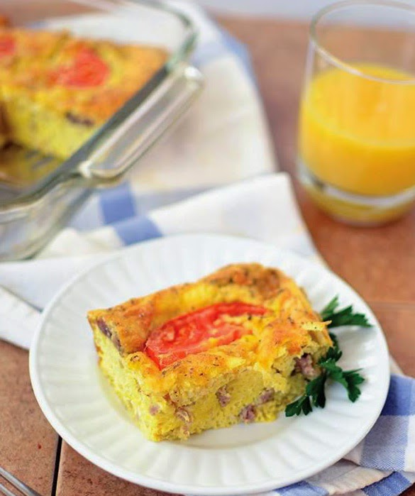 Sausage, Onion & Tomato Breakfast Quiche