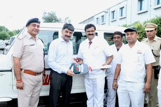 शोवा इंडिया लिमिटेड जापानी कंपनी की तरफ से थाना सैक्टर 58 को मिली एक और बुलेंरो गाड़ी
