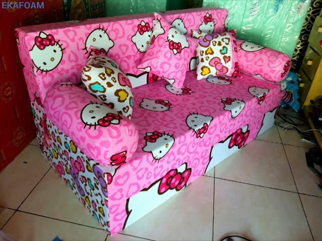 sofa bed inoac motif hello kitty pita