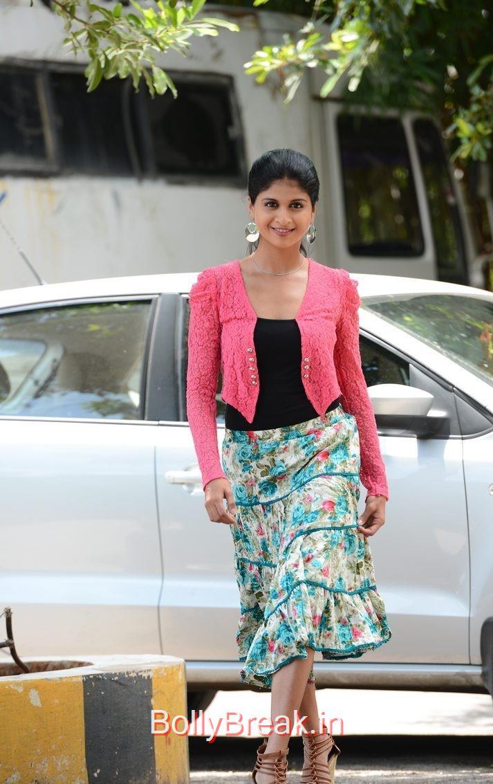 Naveena Photoshoot Stills, Actress Naveena Latest Stills