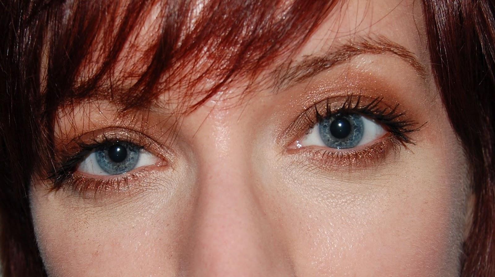 Glam'Eyes HD Quad Eyeshadow Palette - English Oak by Rimmel #3