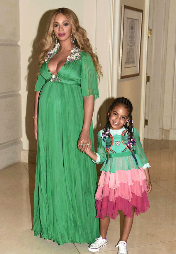 beyonce-beauty-and-the-beast-blue-ivy-bump-pics-4.jpg