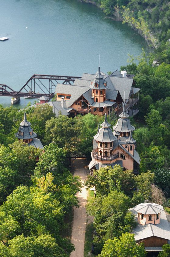 Rogues Castle, Eureka Springs, Arkansas, USA