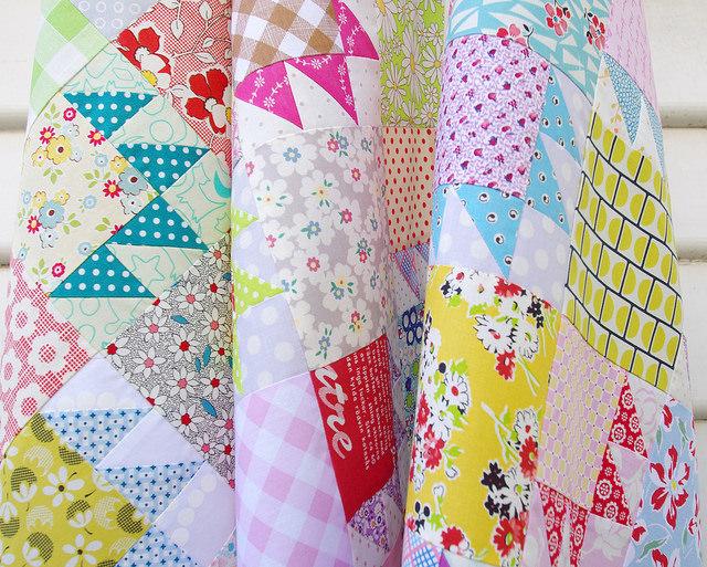 Bear Paw Scrap Quilt & Tutorial | Red Pepper Quilts