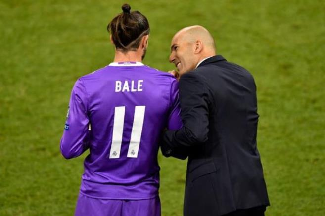 His agent: Bale wants to stay with Real Madrid .. We will talk with Zidane