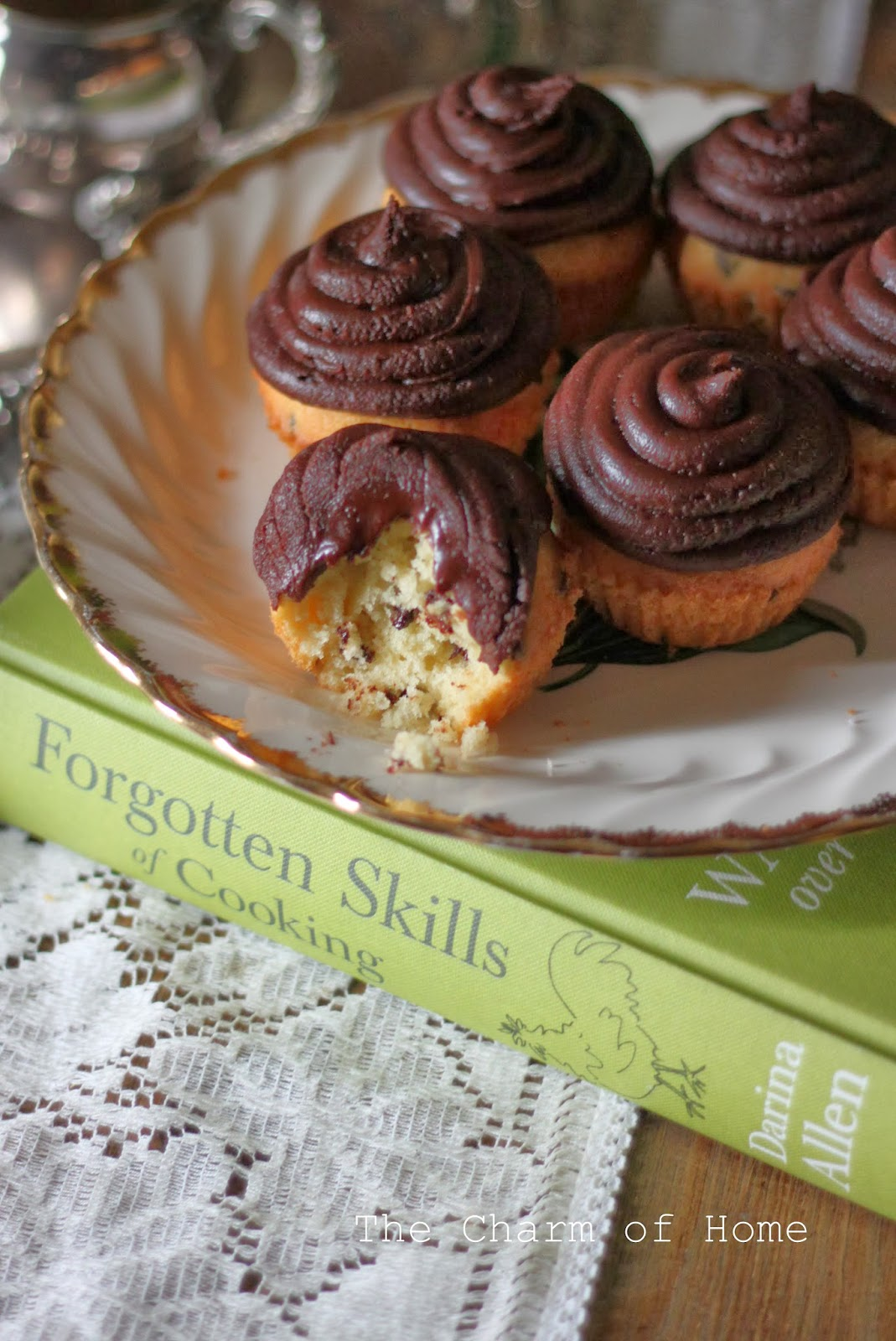 Chocolate Chip Fairy Cakes, The Charm of Home
