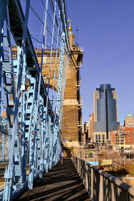 Міст Джона А. Роблінга. Цинциннаті, Огайо (John A. Roebling Suspension Bridge. Cincinnati, OH)