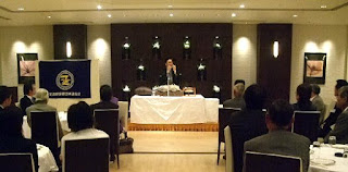 三遊亭楽春のビジネススキル向上講演会の風景。