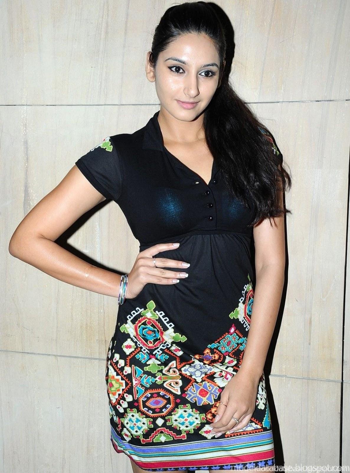 Sasural Genda Phool star Ragini Khanna spicy stills in a ...