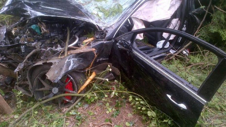 Mercedes-Crash-1.jpg