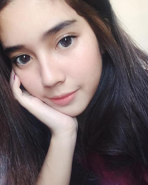 Fakta Fay Nabila Harus Anda Ketahui [Artis Indonesia Hot]