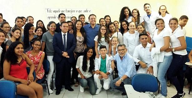 Em Caxias, Roberto Rocha anuncia investimentos para a região