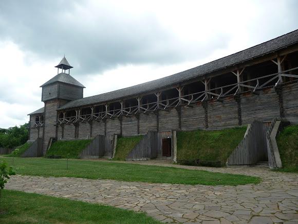 Батурин. Цитадель. Крепостная стена