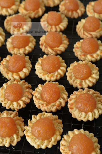 melt in the mouth open faced pineapple tarts