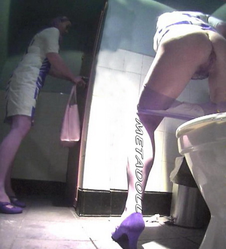 College girls pissing in a fast food toilet - hidden camera (Fast Food Toilet 14)