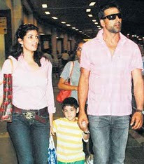 Twinkle Khanna Akshay Kumar Family and Marriage photos