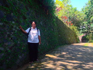 Selfie Resting in The Garden Path Brahmavihara Arama