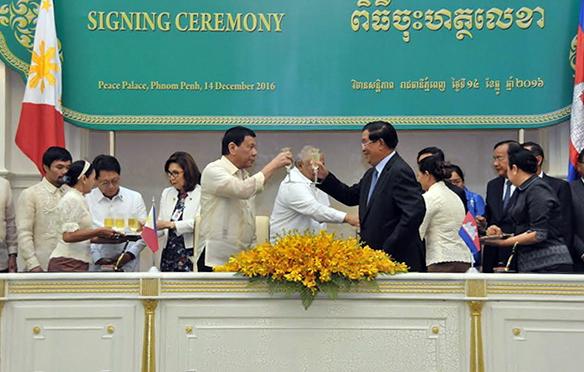 Rodrigo Duterte et Hun Sèn, des alliés naturels