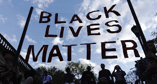 Men Chant 'Black Lives Matter' Before Viciously Attacking White