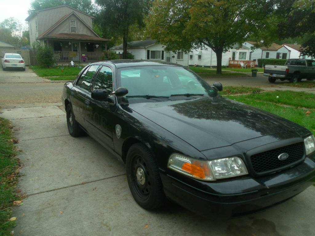 Daily Turismo: The Thick Blue Line: 2008 Ford Crown Victoria P71 ...