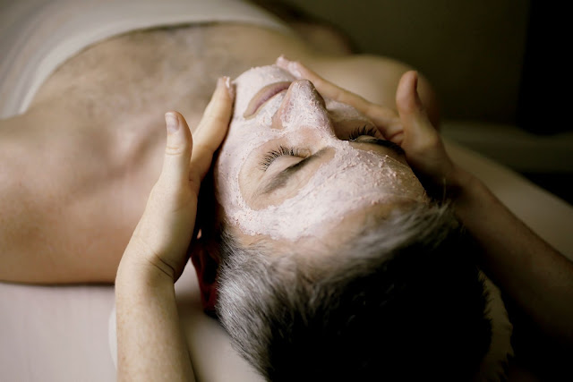 "The Ritz-Carlton Toronto dubbed January as ""Manuary"" and specially promoted spa treatments for men."