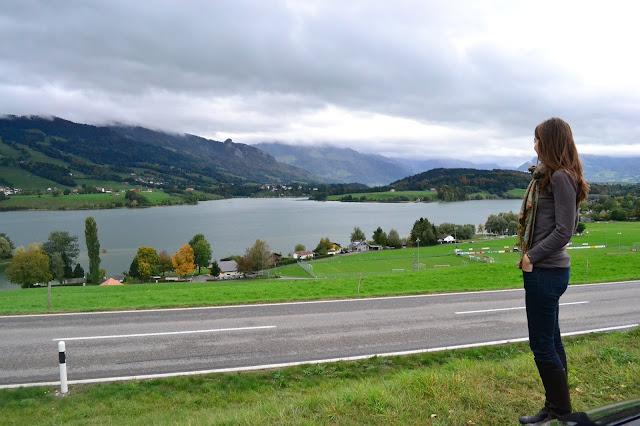 Gruyeres canton Fribourg Suiza a golpe de objetivo